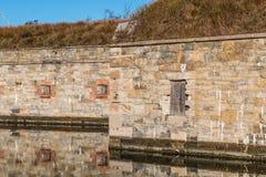 Detalj av fästningväggen på Fort Monroe fotografering för bildbyråer