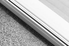 Detalj av fönstret som göras av PVC-profiler royaltyfri bild