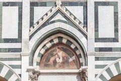 Detalj av fasaden av Santa Maria Novella i Florence Arkivfoto