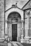 Detalj av kyrkan av San Vigilio, Trento, Italien Arkivbilder