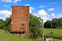 Detalj av liten fristående tegelstenbyggnad Royaltyfri Fotografi