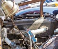Detalj av motorn av en brandmotor från 1925, oldtimerfestival royaltyfria foton