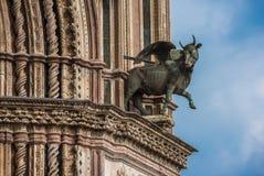 Detalj av Orvieto Domkyrka Duomo di Orvieto, Umbria, Italien royaltyfria bilder