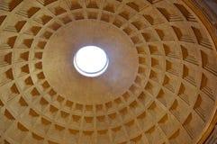 Detalj av panteonkupolen, Rome Royaltyfri Foto