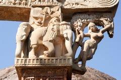 Detalj av porten på den stora buddisten Stupa i Sanchi Arkivfoto