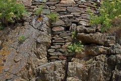 Detalj av Rocks och stenhuggeriarbetet Royaltyfri Fotografi