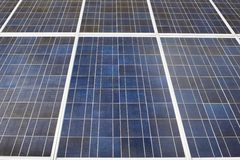 Detalj av solenergipanelen Arkivbild