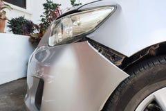 Detalj av spåret av bilkraschen Royaltyfri Bild