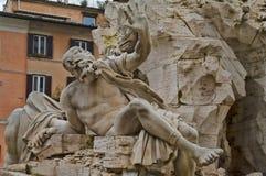 Detalj av springbrunnen av fyra floder i Rome, Italien arkivbilder