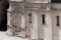 Detalj av St James Cathedral i Å-ibenik, Kroatien arkivfoton