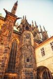 Detalj av St Vitus Cathedral i Prague, Tjeckien Arkivbilder