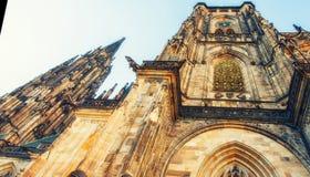 Detalj av St Vitus Cathedral i Prague, Tjeckien Royaltyfri Bild