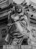 Detalj av statyn på den Restauradores fyrkanten Royaltyfria Bilder