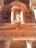 Detalj av stencarvings gavel, Petra Jordan arkivbild