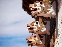 Detalj av Trongsaen Dzong i Bhutan arkivbild