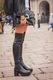 Detalj av utvändiga Cavalli för skor som modeshower bygger för Milans Womens modeveckan 2014 Royaltyfri Fotografi
