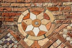 Detalj av väggen i Santo Stefano Royaltyfri Foto