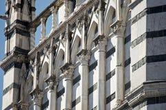Detalj för konst för valvgång för Pistoia marmor gotisk Arkivbilder
