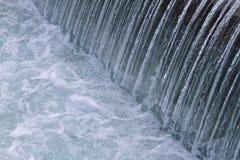 Detalj för slut för sötvattenflodvattenfall övre Royaltyfri Foto