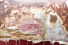 Detalj och closeup av rost på bilmetall med att knäcka arkivbild