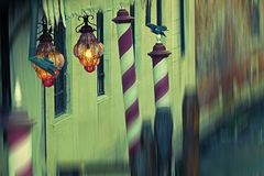Detalj på en kanal i Venedig, Italien Royaltyfria Foton