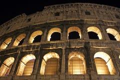 Detaljen av Colosseumen välva sig i Rome, Italien Fotografering för Bildbyråer