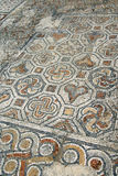 Detaljen av den geometriska mosaiken går Royaltyfri Bild