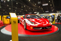 Detaljen av Ferrari 458 garnering och ändrar vid den Singha Team On Thailand International Motor expon Royaltyfria Foton