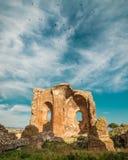 Detaljen av kyrkan av det arkeologiskt parkerar `-Scolacium `, Royaltyfria Bilder