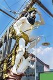 Detaljen av Neptunspansk gallion piratkopierar skeppet i Genova, Italien Arkivfoton