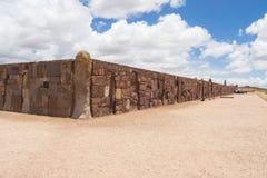 Detaljen av väggen i Tiwanaco fördärvar i Bolivia nära La paz arkivbild