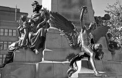 Detaljer av den Edward VII monumentet Royaltyfri Fotografi