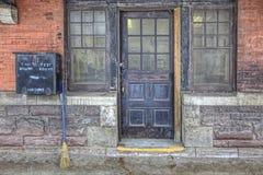 Detaljer av den gamla Galt drevstationen, Ontario, Kanada Arkivbild