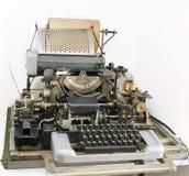 Detaljer av den gammala skrivmaskinen Arkivfoton