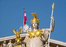 Detaljer av den Pallas Athena monumentet, i Wien Royaltyfri Foto