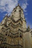 Detaljer av den York domkyrkan som kallas också York domkyrka Arkivfoton