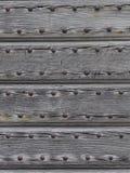 Detaljer av en forntida trädörr Fotografering för Bildbyråer