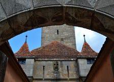Detaljer av en slottport i Rothenburg obder Tauber Royaltyfria Bilder