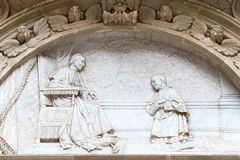 Detaljer av fasaden Santa Maria de Montserrat Abbey, Catalonia, Spanien Royaltyfri Foto