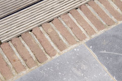 Detaljer av golvet för grå färg- och färgstenträdgård Royaltyfri Bild