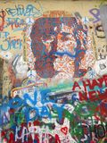 Detaljer av John Lennon Wall, Prague, Tjeckien Royaltyfri Foto