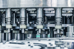 Detaljer av maskinen, drinkfabrik Royaltyfria Bilder