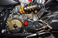 Detaljer av motorn av en motorcykel Arkivbild