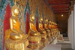 Detaljer från inre av en buddistisk tempel Royaltyfri Foto