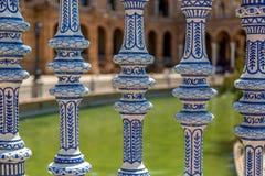 Detaljer från plazaen de Espana i Seville, Spanien arkivbild