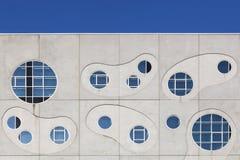Detaljer och fasaden av inhyser han av musik kallade Musikkens Hus i dansk i Aalborg, Danmark Royaltyfria Foton