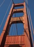 Detaljer och fragment av golden gate bridge Royaltyfria Bilder