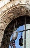 Detaljerad arkitektonisk båge Arkivfoto