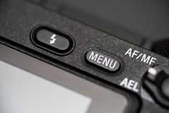 Detaljerat foto av den svarta kamerakroppen med knappar Royaltyfria Bilder