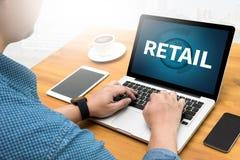 DETALJHANDEL (shopping som inhandlar kapitalismkunden) royaltyfri foto